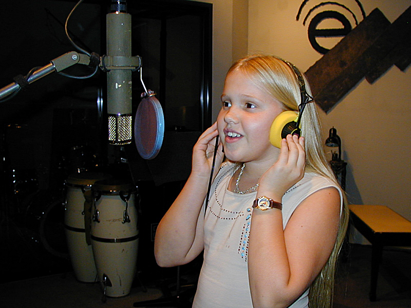 Aisha is another aspiring artist who got her first recording experience at Theta Sound Studio.