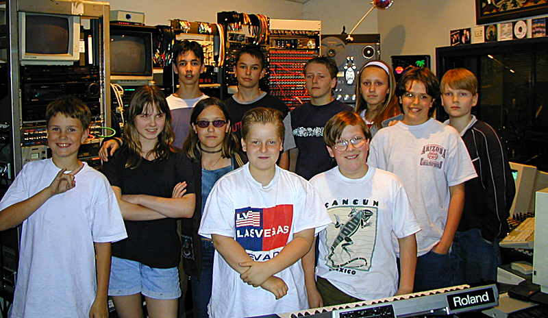 Class field trips are a cool way to introduce young students to the world of sound and recording. Theta Sound has hosted many such groups from schools throughout the southland and the results are always the same: the kids and young adults are fired up about what they experienced and a new door of audio possibilities has been opened in their world!