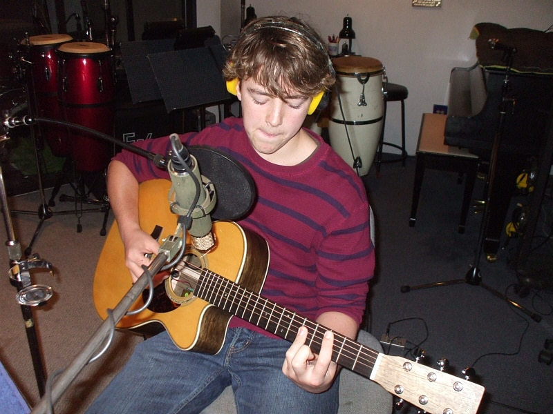 Nicholas McDonald is a young singer/songwriter who was also referred to us by vocal coach, Valarie Fahren. Valerie has a great track record of helping young aritsts to succeed in singing, writing and performing through her voice training and her music industry showcases held throughout the year at the Celebrity Centre Garden Pavilion in Hollywood.