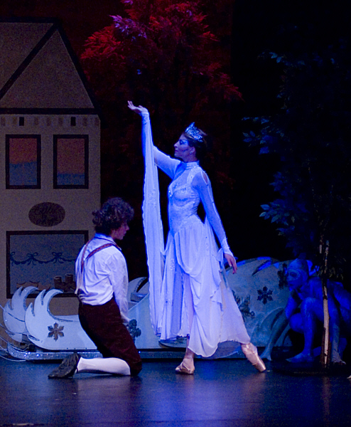 """The Snow Queen is about to kidnap Kai and take him to her ice palace where she has plans to get him to solve the mysterious puzzle of the shattered mirror (8th season). <a href="""" http://calballet.com/upcoming-performances/snow-queen/"""" target=""""_blank"""">Snow Queen Web Site</a>"""