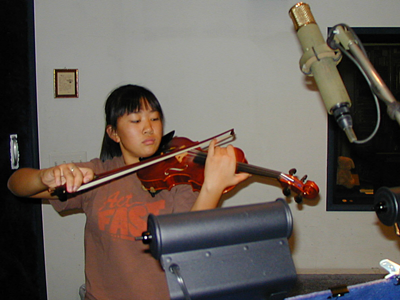 Yuki Mori and Min Jung Park have brought many of their talented violin students to Theta Sound Studio to record college and music conservatory entrance audition CDs.