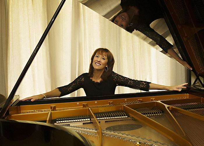 Christine Brown 700